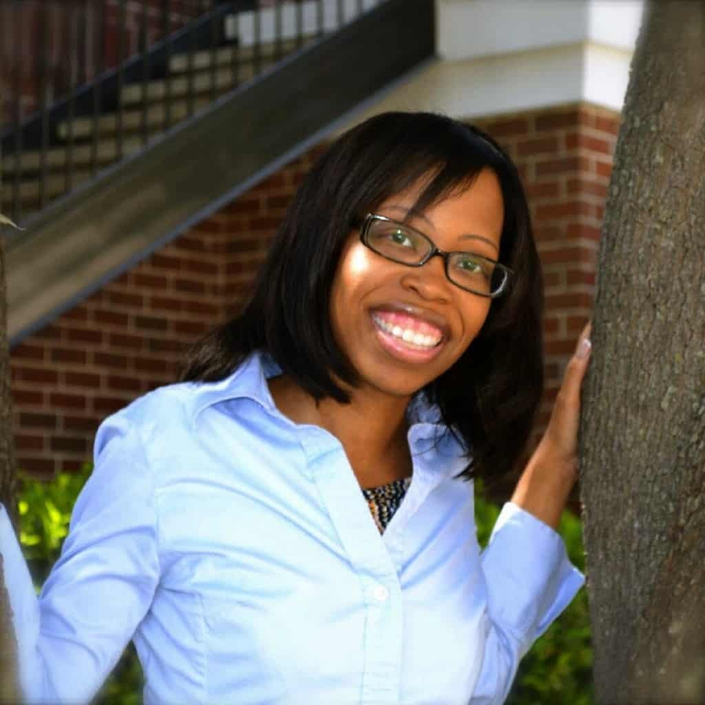 LaShondra Manning play therapy counselor